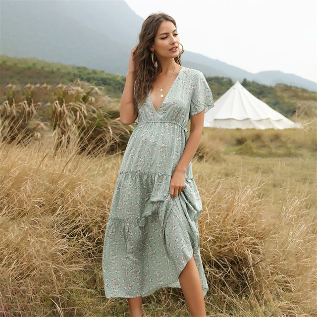 New Summer Beach Holiday Dress Women Casual Floral Print Elegant  Boho Long Dress Ruffle Short-Sleeve V-neck Sexy Party Robe 2