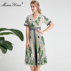 Image 3 - MoaaYina Fashion Designer Runway dress Spring Summer Women Dress Short sleeve V neck Coconut tree Print Vacation Dresses
