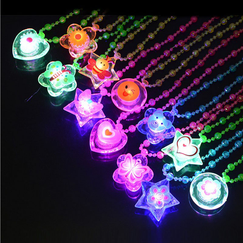 Night Novelty Flash Night Pendant Necklace LED Flash Cartoon Light Children's Party Toys For Kids Play Glow In The Dark Toys E