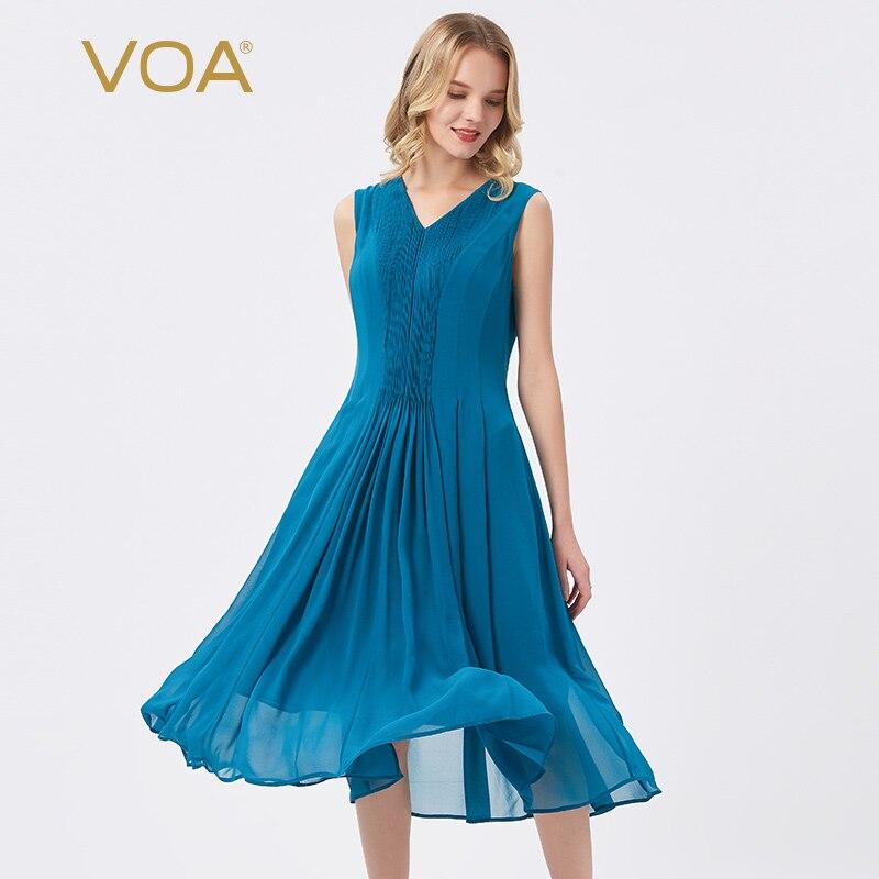 VOA 실크 12mm 블루 조젯 v 넥 타이트 터커 플라이 스티치 경량 통기성 민소매 드레스 AE93
