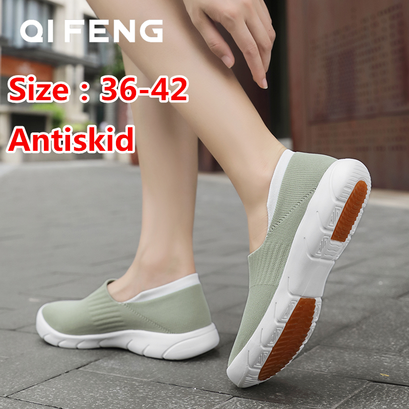 Hot Sale Running Shoes Woman Spring Sport Shoes Large Size Summer New Mesh Sneakers Breatheable Sock Sneaker Women Flats Slip On
