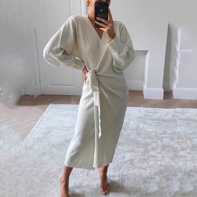 Autumn And Winter Women Kitted Dress Elegant Casual V -Neck Long Sleeve Midi Dress Solid Loose Split Side Sexy Dresses 4