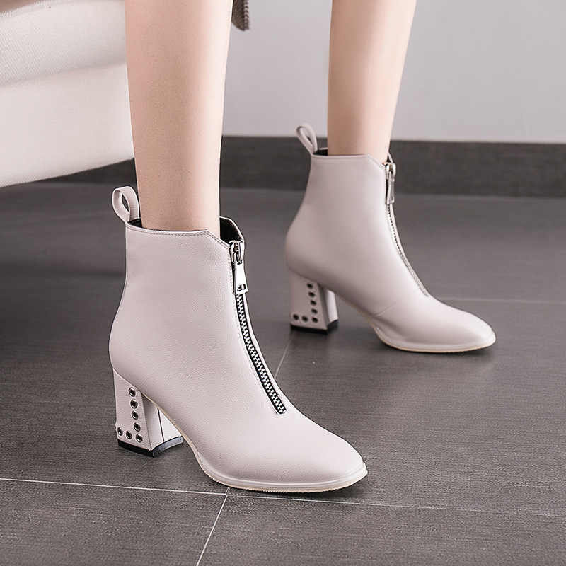 Classics Fashion Women Autumn Ankle Boots Med Pointed Toe Vintage Short Boots Solid Rivet Winter Shoes Plus Size