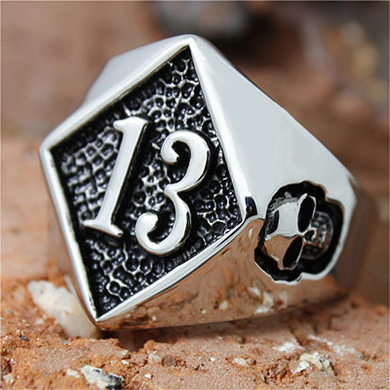 Cool Lucky 13 Ring Stainless Steel Biker Skull Ring Men Women Gold Silver Color Punk Rings Wedding Party Gifts Size 7-15