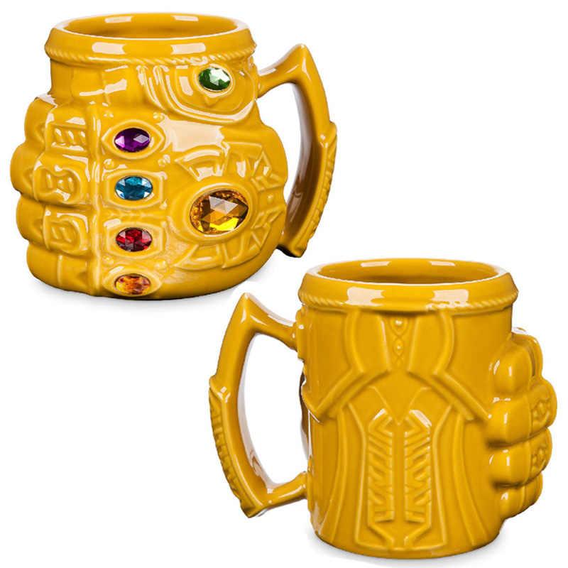 Nuevo Marvel Thanos guantes puño tazas de café Anime tazas y tazas de plástico fresco infinito gema Mark dibujos animados Drinkware mejor regalo para chico