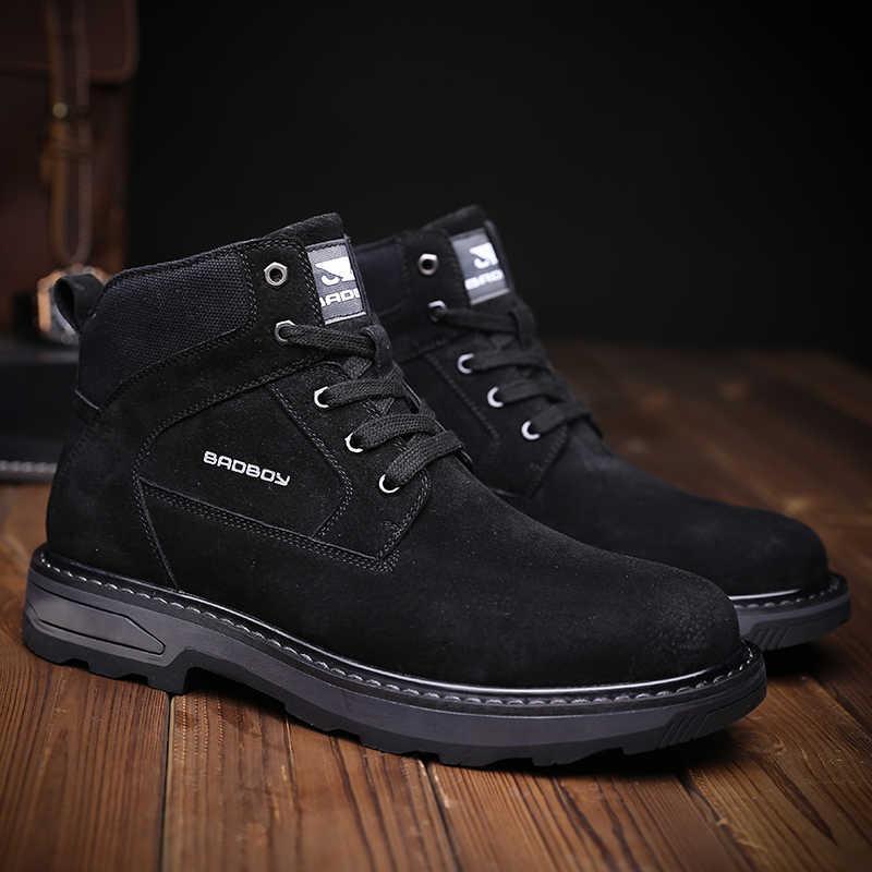 Misalwaカーキ男性スエード革の靴カジュアルスニーカーレースアップ秋春軍ブーツ戦闘ラウンドトウクラシック男性のブーツ