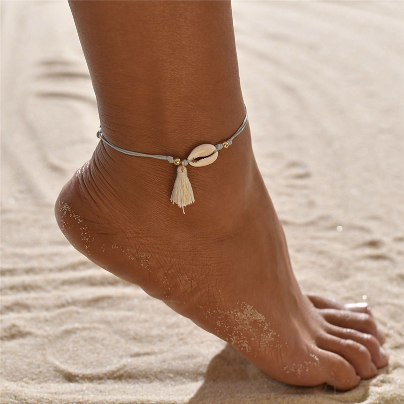 Bohemian Shell Anklets for Women Handmade Leather Woven Natural Shell Foot Jewelry Summer Beach Barefoot Bracelet ankle on Leg