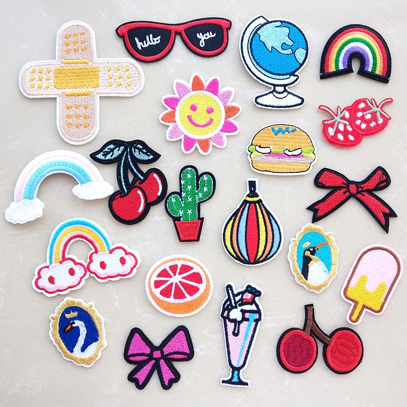 Industrious Fashion Diy Patches Cute Animal Embroidery Patches For T-shirt Iron On Child Kids Appliques Clothes Jeans Stickers Badges Patch Promote The Production Of Body Fluid And Saliva