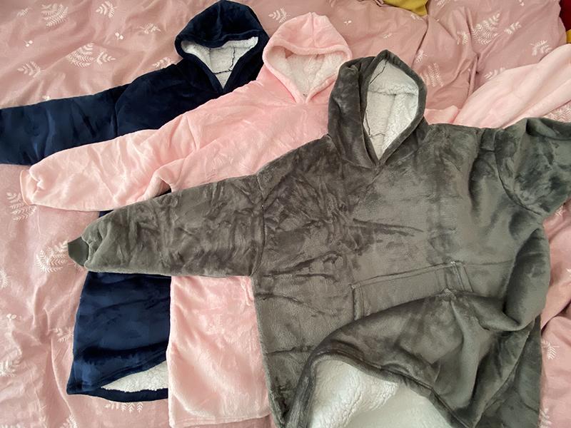 Winter Warm Comfy Hooded Pocket Blankets Adults Bathrobe Sofa TV Blanket Sweatshirt Solid Plush Coral Fleece Blankets Outwears 11