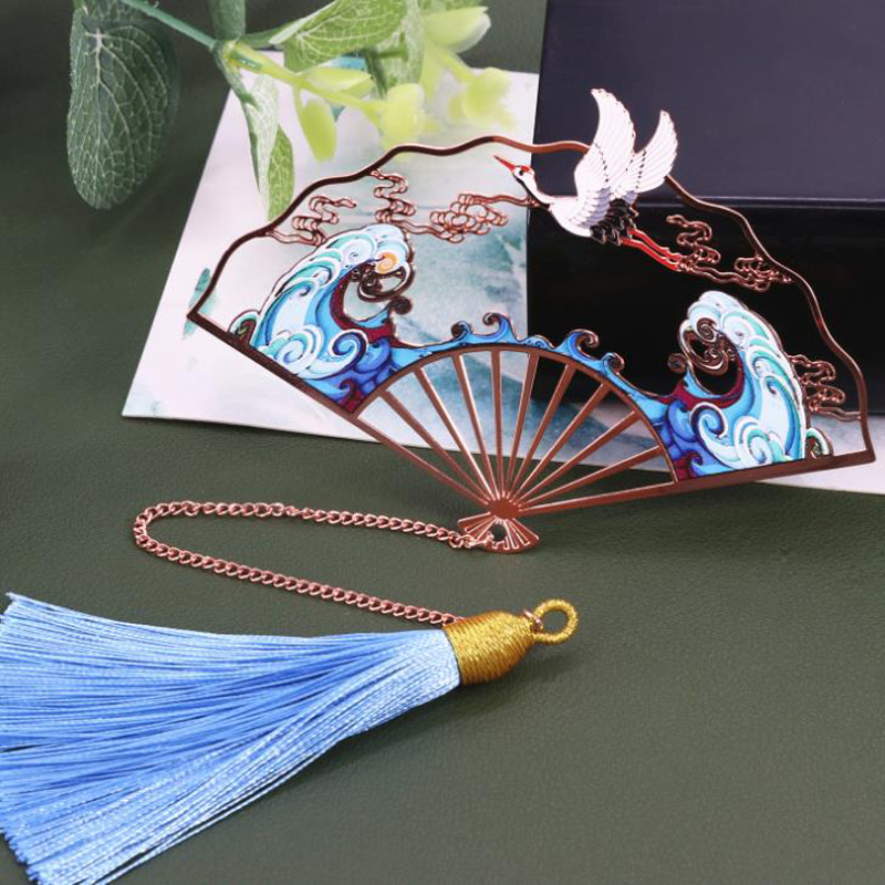 1 Pcs Retro Chinese Style Fan Shape Cat Dragonfly Crane Lotus Flower Tassel Pendant Metal Bookmarks Book Marker Gift Stationery