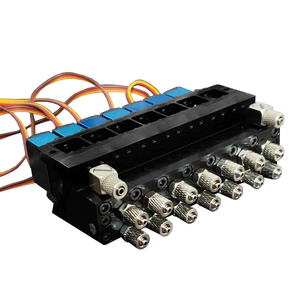 Image 2 - 7CH Directional Valve Hydraulic Oil Valve Controller With Servo for 1/12 RC Excavator Bulldozer Parts