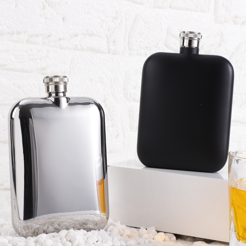 Stainless Steel 304 Food Grade Portable Hip Flask With Funnle for Whisky Alcohol Vodka 5 OZ Liquor Wine Flask Black Or Sliver