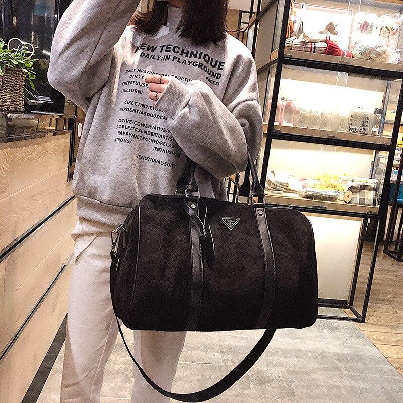 Sac de sport fitness sac de voyage femmes yoga prépuce sac en velours sac à bandoulière sac de formation cylindre sac à main court