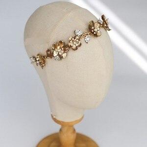 Image 2 - Винтажная Золотая Цветочная Женская Корона Свадебная фотосессия ручной работы