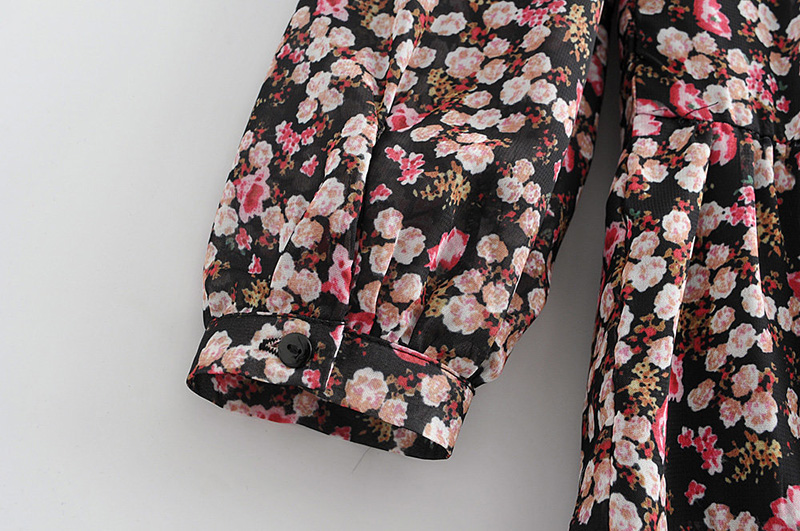 Floral Print Pleated Long Sleeve O Neck Loose Boho Dress 5