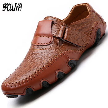 Italy Handmade Leather Mens Shoes Casual Luxury Brand Men Loafers Breathable Breathable Driving Dress Shoes Slip On Moccasins
