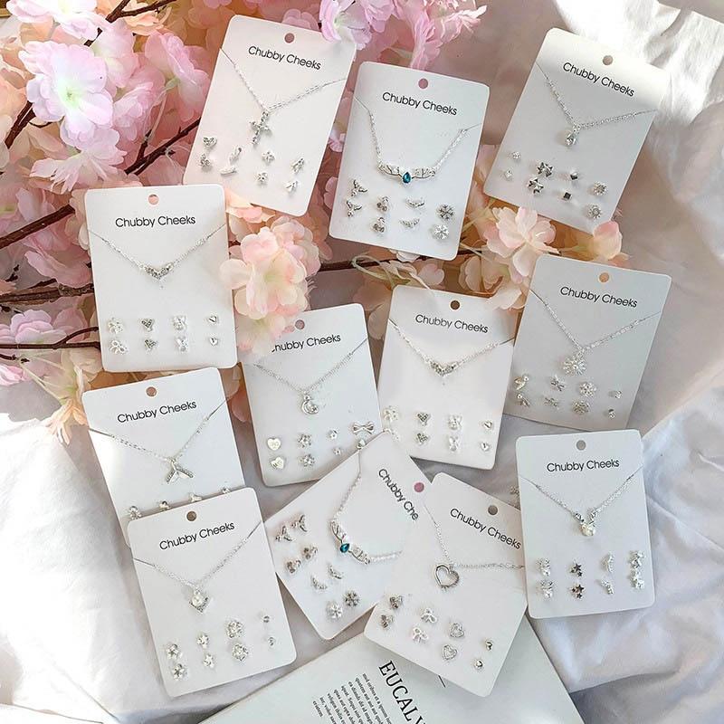 Fashion Korean Stud Earrings Imitation Pearl Pentagram Deer Fish Tail Cross Snowflake Heart Earrings Choker Women Gifts Jewelry