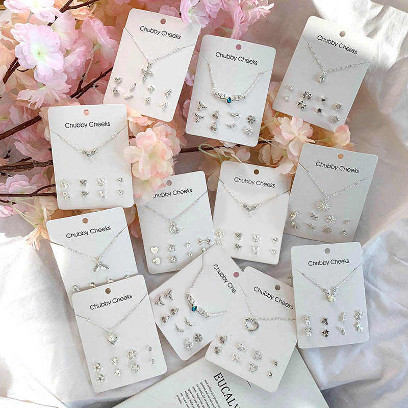 Fashion Korean Stud Earrings Imitation Pearl Pentagram Deer Fish Tail Cross Snowflake Heart Earrings Choker Women Gifts Jewelry