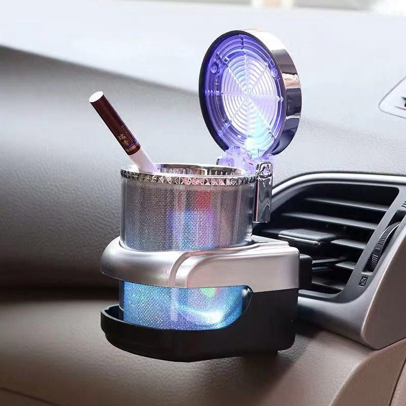 מאפרה לרכב עם אור LED  2
