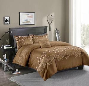Image 5 - LOVINSUNSHINE Luxury Lace Solid Color Bedding Set 3pcs Duvet Cover Set Pillowcases Bedclothes Comforter Bedding Sets xx05#