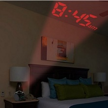 Digital Projection Alarm Clock Voice report Projector Clock Weather Station thermometer Wake Up Projector LED Clock tanie tanio Plac 90mm 200g 105mm Budziki Kalendarze Cyfrowy Z tworzywa sztucznego Nowoczesne Projekcja Pojedyncze twarzy