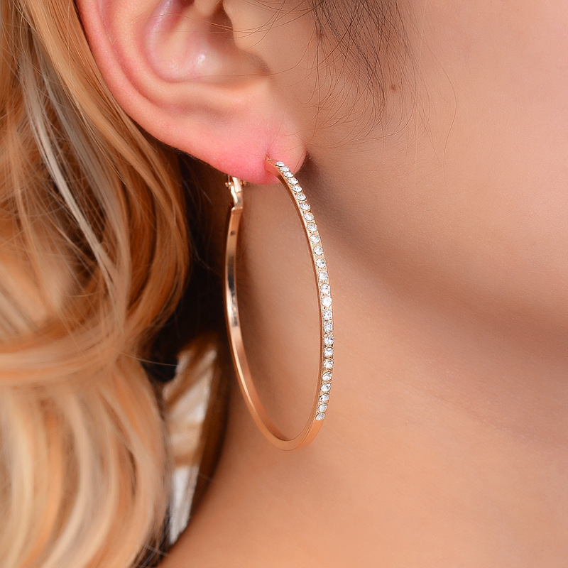 Hello Miss Fashion exaggerated geometric rhinestone big ear ring street shoot trendy alloy earrings new womens jewelry