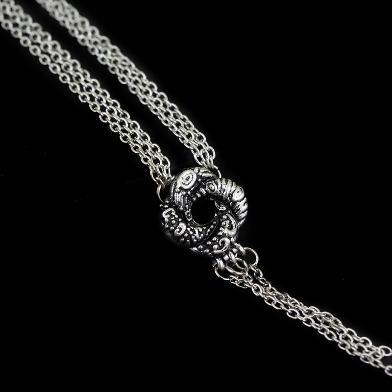 Movie 007 Algerian Loveknot Necklace Vesper Lynd Casino Royale Bond Girl Love Knot Necklace Vintage Silver Plated Women Jewelry image