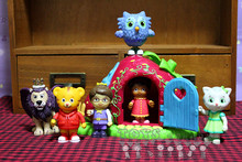 Cute Daniel Tigers Neighborhood Tiger Boy Girl Lion Bird Figure Toy Doll Birthday Gift