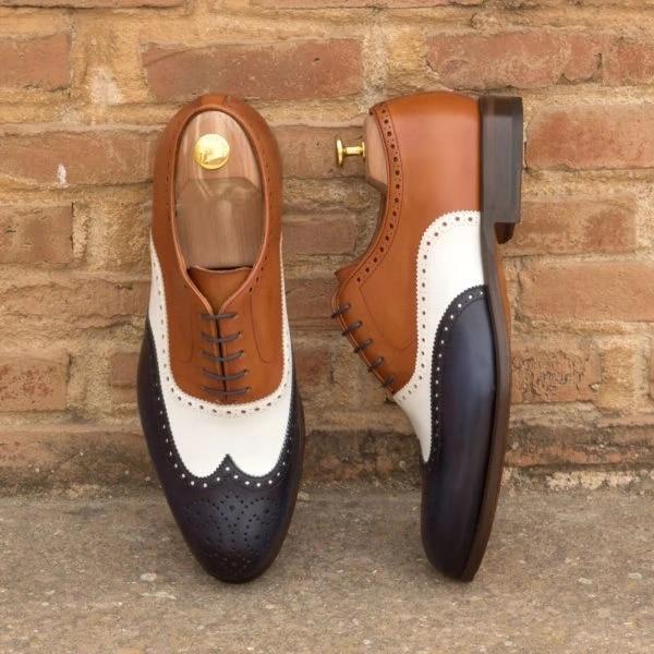 Hot Sale Men Leather Shoes Lace Up Casual Shoes Dress Shoes Brogue Shoes Spring Ankle Boots Vintage Classic Male Casual d220
