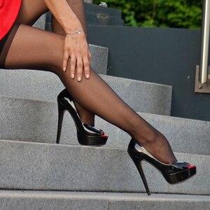 Image 4 - Onlymaker/женские модные туфли на шпильке с открытым носком, босоножки на очень высоком каблуке, вечерние свадебные туфли без застежек, большие размеры