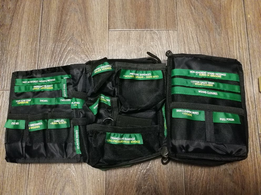 165-Piece Emergency Medical Rescue Bag Outdoors Car Luggage School Hiking Survival Kits Handy First Aid Kit Bag