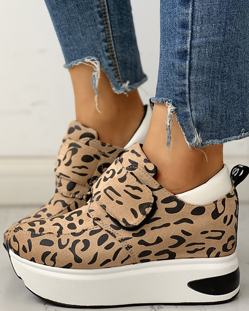 Platform Women Shoes Leopard Design Velcro Platform Wedges Fashion Ladies Shoes Suede Height Increasing Sneakers Plus Size 41