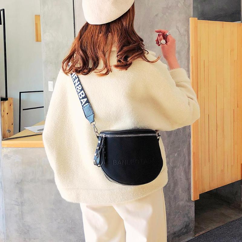Fashion Crossbody Bag For Women PU Leather Messenger Shoulder Saddle Bags Lady Semicircle Zipper Money Purse