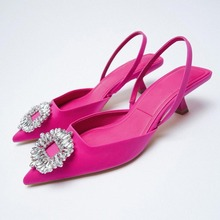 Za verão 2021 nova sapatos femininos rosa sapatos de casamento lantejoulas expostos documentários