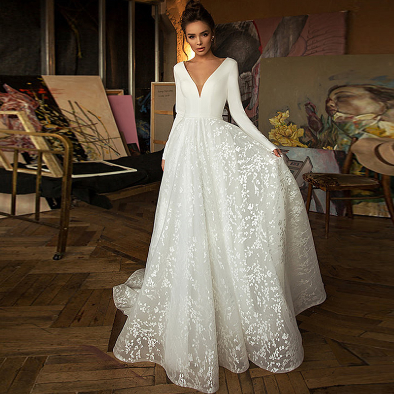Eightree Lace Wedding Dress Long Sleeves V-neck Boho Bridal Dress Satin Backless Plus Size A Line Wedding Gowns Vestido De Noiva