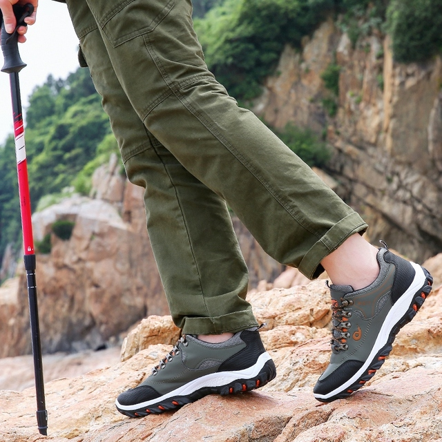 Men Hiking Shoes Trekking Sneakers Man Fishing Camping Shoes Hunting Boots 4