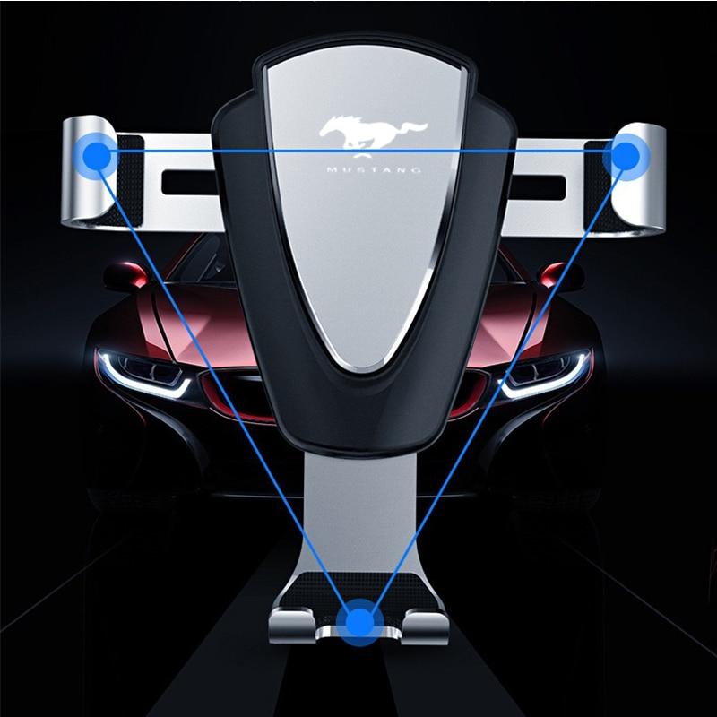 Автомобильный держатель для телефона с креплением на приборную