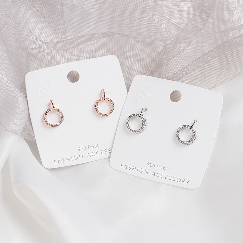 2020 new Korean version of fashion refined girl earrings joker temperament small fresh round earrings 925 silver