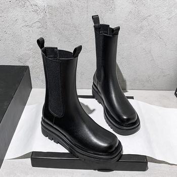 Buty damskie Martin buty damskie jesień nowe czerwone krótkie buty podeszwie buty Zapatillas Mujer Chaussure Femme tanie i dobre opinie yunyiwa Klinowe buty na deszczową pogodę CN (pochodzenie) Zima Do kolan LEISURE Platforma Stałe casual Adult NONE ZAOKRĄGLONY PRZÓD