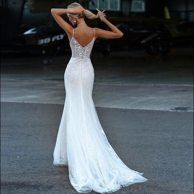 Wedding Dresses Mermaid V Neck Button Appliqued Spaghetti Straps Beading Sexy Elegant Long Backless Illusion 2021 Bridal Gowns 2