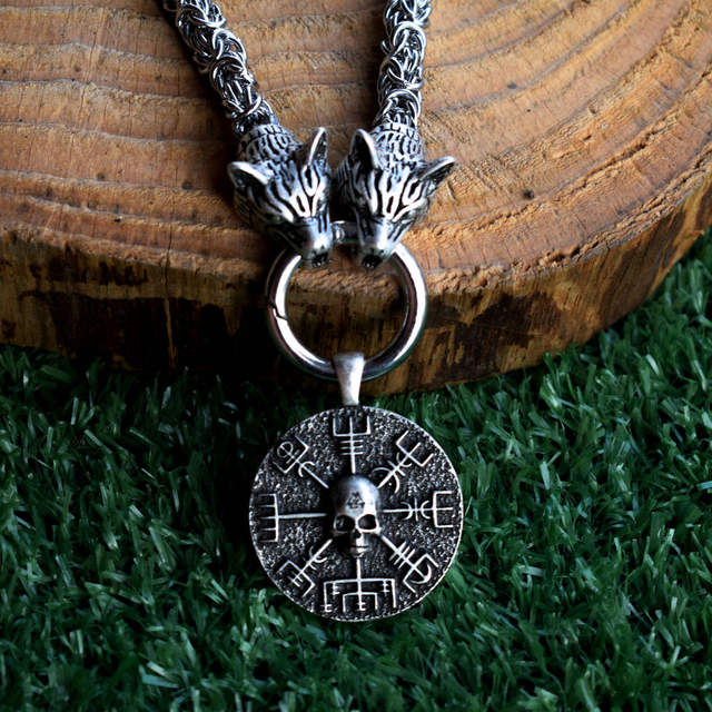 NORSE VIKINGS SKULL NECKLACE