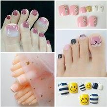 Блестящие накладные ногти на носках серебряный блеск ноготь