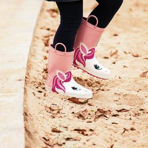 Image 2 - KushyShoo גשם מגפי ילדים ילדה חמוד Unicorn מודפס ילדי של גומי מגפי Kalosze Dla Dzieci עמיד למים תינוק מים נעליים