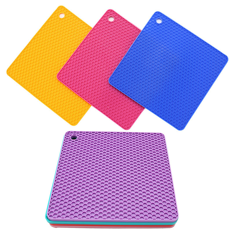 Manufacturers Silica Gel Honeycomb Square Pad Environmentally Friendly Material-Slip Mat Is Grid Kitchen Tools Silicone Product