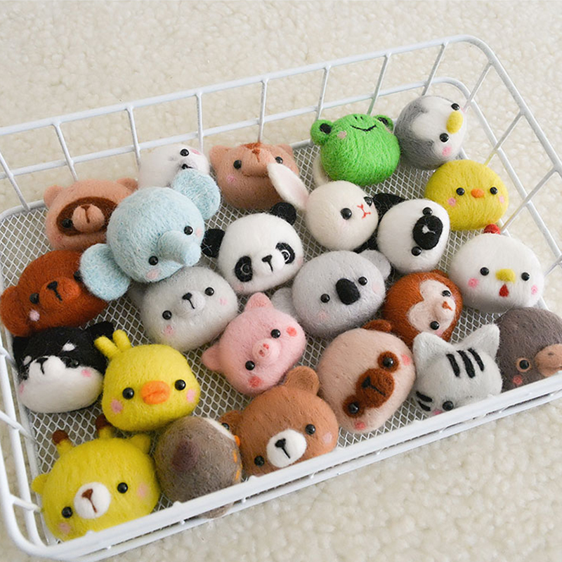 Cute Little Animal Handmade Animal Toy Doll Felt Poking Kit DIY Wool Kit Non-Finished Pig Cat Dog Chicken Frog Novice Kit
