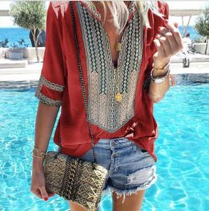 Image 5 - Kadınlar için 2020 yeni yaz bluz gömlek kadın çizgili v yaka yarım kollu Blusas Tops moda kadın streetwear gömlek