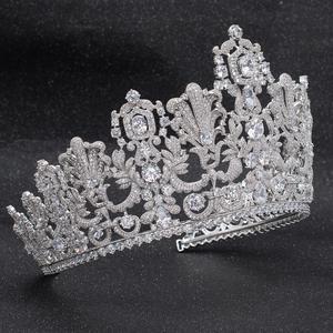 Image 4 - Muhteşem Klasik Kübik Zirkonya Düğün Gelin 2/3 Yuvarlak Lüksemburg tiara taç Diadem Kadınlar için Saç Takı Aksesuarları HG026