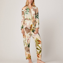 Moda çiçek baskı uzun pijama kadınlar için zarif pijama rahat High end pamuk baskılı ev giysileri kadın takım elbise