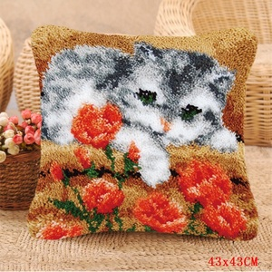 Image 5 - Smyrna Latch Hook Pillow Cute Cat Carpet Embroidery Do It Yourself Carpet Cushion Button Package Latch Hook Rug Kits knoopkussen