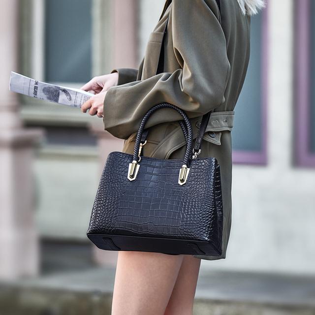 ZOOLER Brand luxury genuine leather Black bag elegant leather bag female women's handbags fashion shoulder bags tote  LargeWG212
